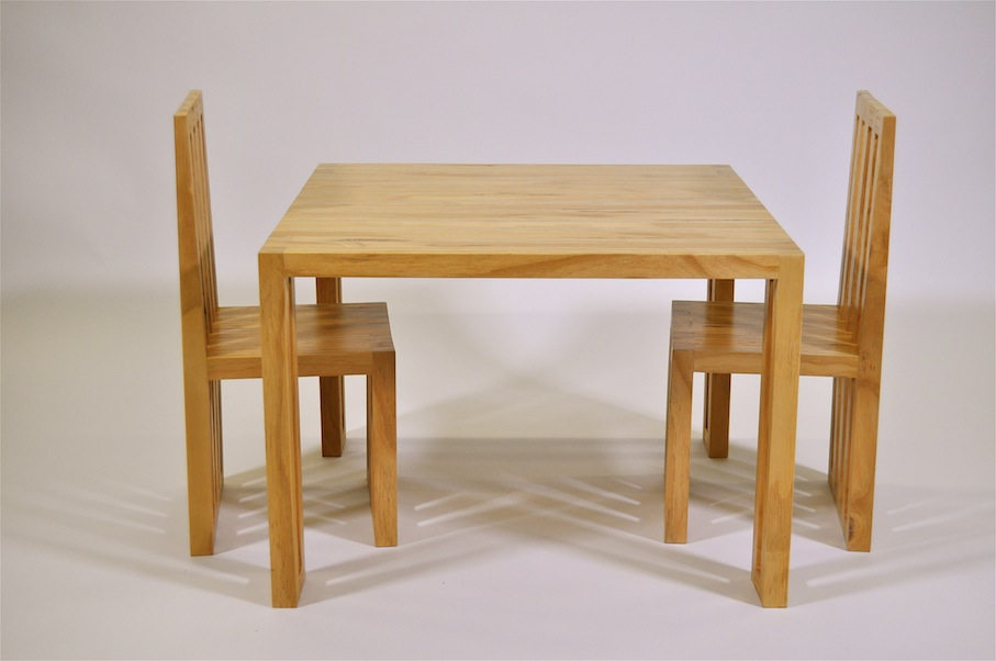 Il Mio Child's Table and Chair Set - Mano