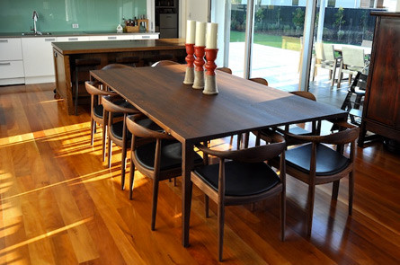 Oak Dining Table | Mano Design