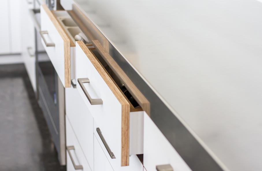 Designer_kitchen_hardware